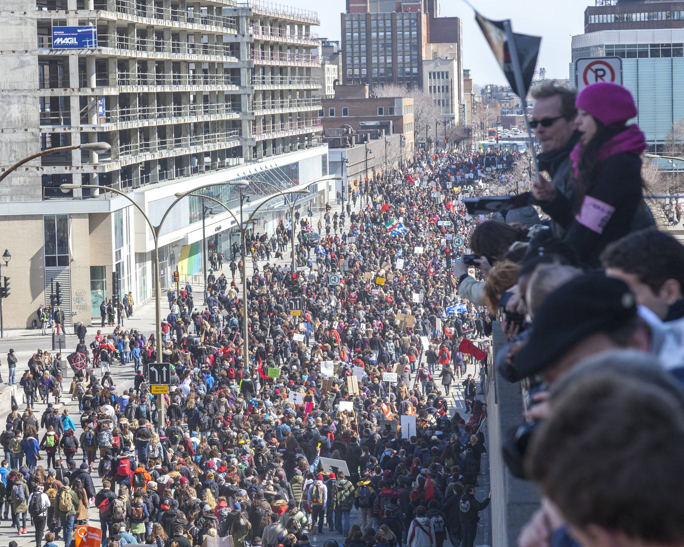 Students demonstrate against austerity changes proposed by the provincial government. April 2, 2015 in Montreal. (Photo: AJ Korkidakis)