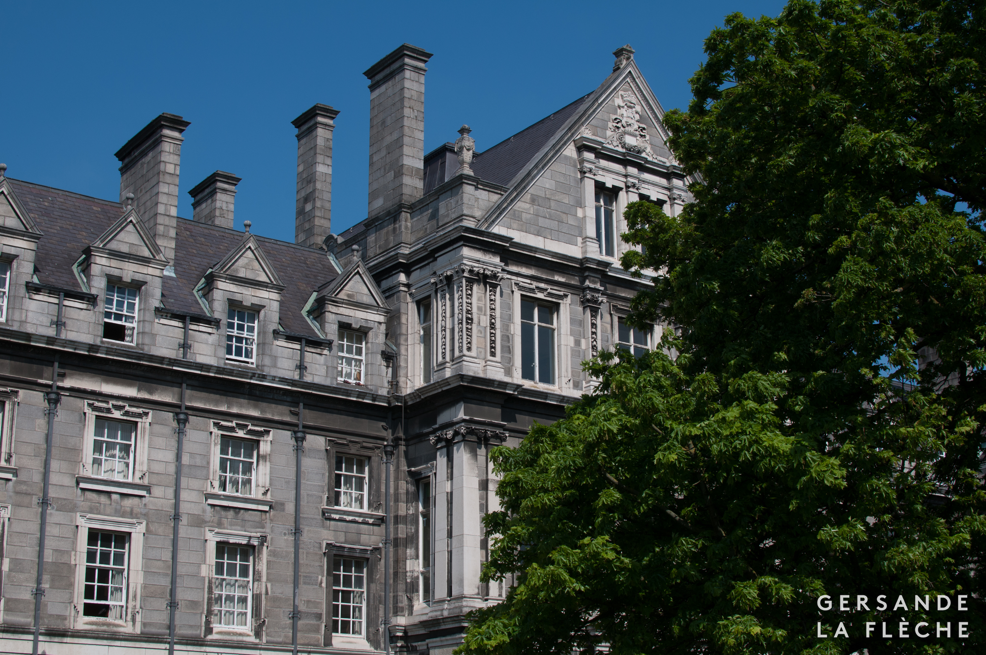 Photo by the author featuring a building facade from Trinity College Dublin.